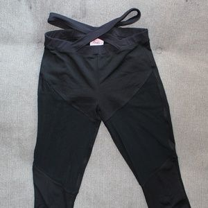 Bombshell Sportswear Exotic Leggings - Black